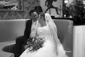 Bruiloft fotografie Limburg Huwelijks fotografie Maasbree jawoord