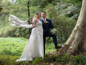 winderige bruiloft Neer